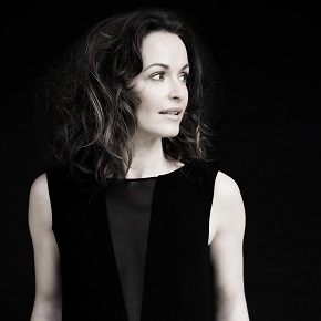 Sharon Corr presenta en directo The Same Sun.