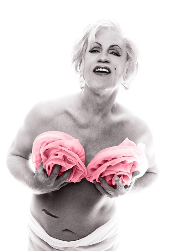 bert-stern-_-marilyn-in-pink-roses-from-the-last-session-1962-2014